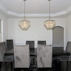 Traditional Dining Room by Douglas Homes Inc.