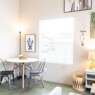 Неиссякаемый источник вдохновения для домашнего уюта: столовая в стиле модернизм с бетонным полом и зеленым полом