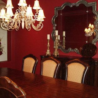 Idéer för ett mellanstort klassiskt kök med matplats, med röda väggar och klinkergolv i keramik