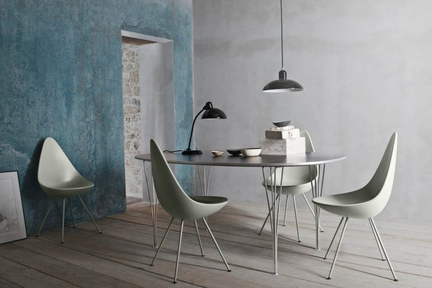 Montagne Salle à Manger by Republic of Fritz Hansen UK