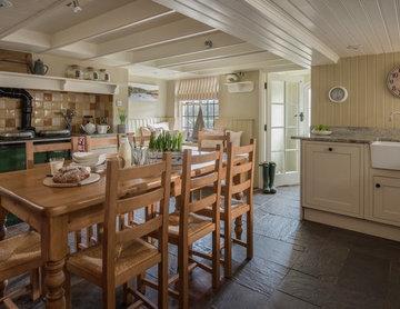 Dusky Cottage