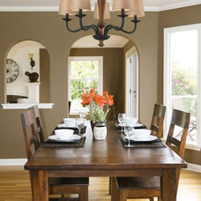 traditional dining room by We Got Lites