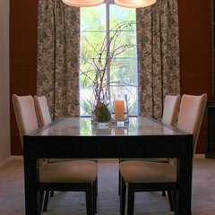 dining room by Jami Goldsmith