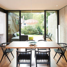 Modern Dining Room by CHRISTIAN DEAN ARCHITECTURE, LLC