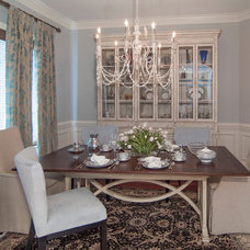 Traditional Dining Room by Jaclyn Ehrlich