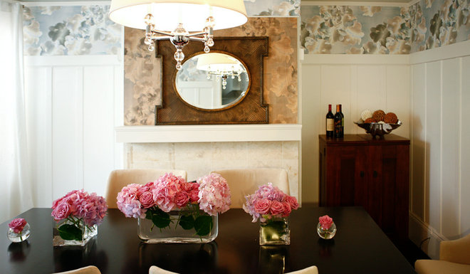 Traditional Dining Room by LOCZIdesign