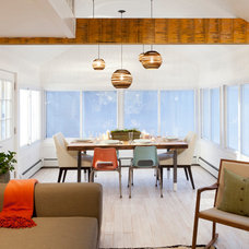 Beach Style Dining Room by Brunelleschi Construction