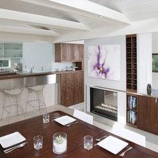 Modern Dining Room by atelier KS