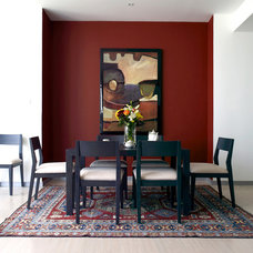 Contemporary Dining Room by Jacqueline Caley Interior Design