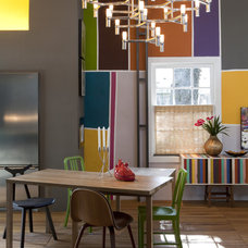 Modern Dining Room by Marco Antunio