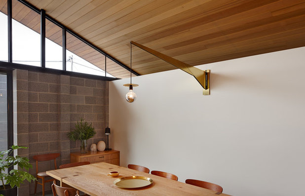 Contemporary Dining Room by MRTN Architects