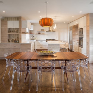 Inspiration for a contemporary kitchen/dining room combo remodel in Portland