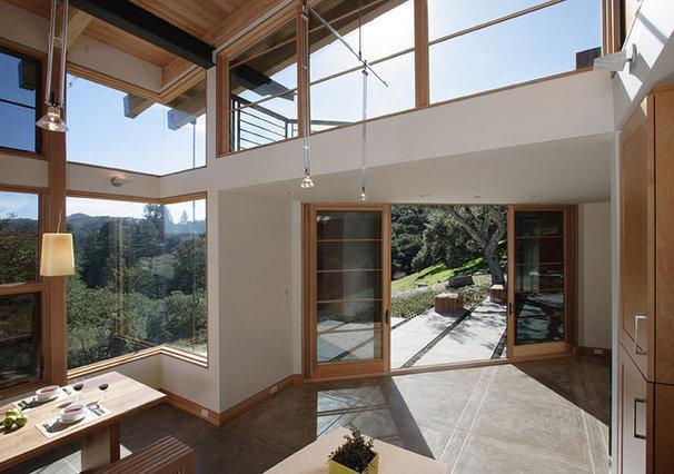 Modern Dining Room by Feldman Architecture, Inc.