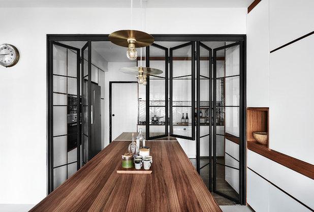 Scandinavian Dining Room by Icon Interior Design Pte Ltd