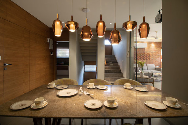 Indian Dining Room by SPACE 9 ARCHITECTS