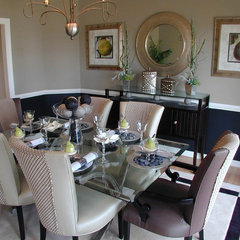modern dining room by Laura Manning Bendik