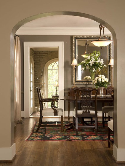Traditional Dining Room by Studio C Architecture & Interiors