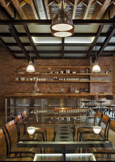 Industriel Salle à Manger by Jane Kim Design