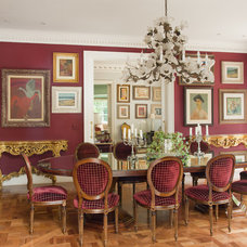 Traditional Dining Room by Allan Malouf Studio