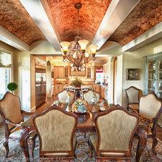Traditional Dining Room by Glendarroch Homes