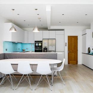 Fresh Compact Kitchen