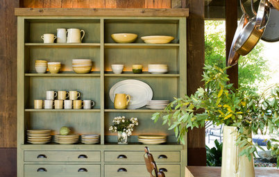 How to Organize and Style Your China Hutch