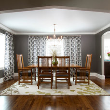 Traditional Dining Room by w.b. builders