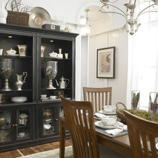 eclectic dining room fun on location