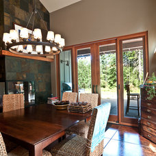 Transitional Dining Room by Louise Lakier