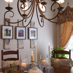 traditional dining room by Adrienne DeRosa