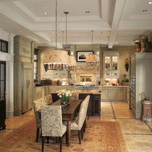 Idéer för kök med matplatser, med marmorgolv