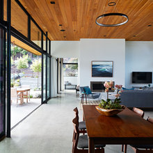 Houzz Tour: An Eichler-Inspired Home Rises From the Ashes