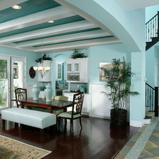 Tropical Dining Room by Melinda McGeorge Interiors