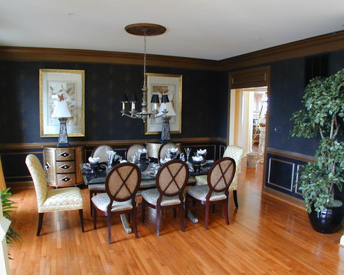 Elegant Medium Tone Wood Floor Dining Room Photo In DC Metro With Blue Walls