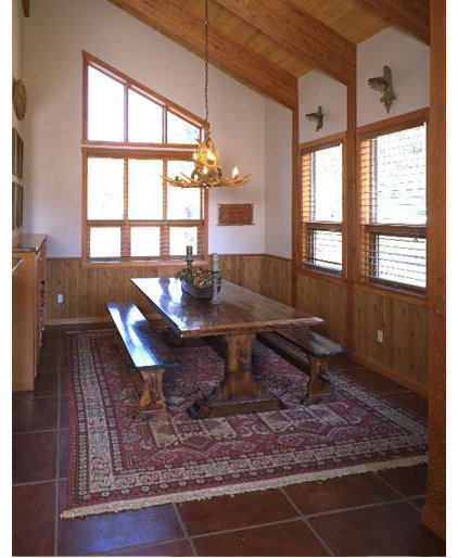Traditional Dining Room by Graham Simmons Architect and Builder
