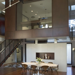 contemporary dining room by Searl Lamaster Howe Architects