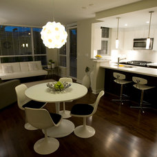 Modern Dining Room by Simply Home Decorating