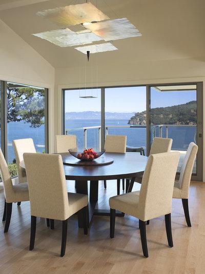 Contemporary Dining Room by Mahoney Architects & Interiors