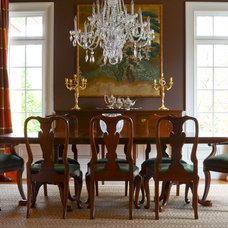 Traditional Dining Room by Jami Carlton Photography