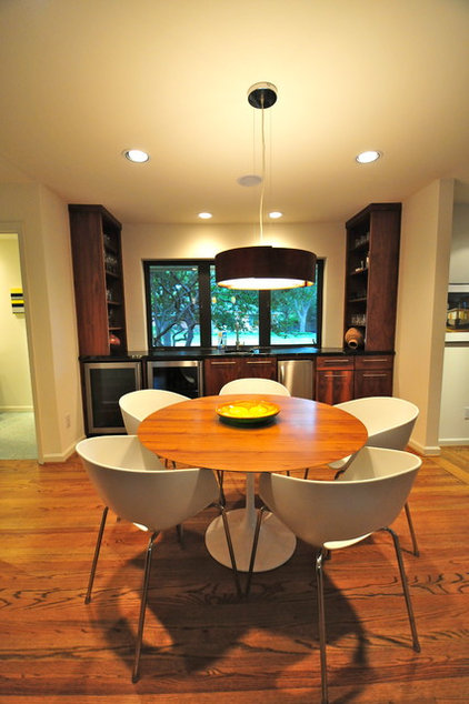 contemporary dining room by Valerie McCaskill Dickman