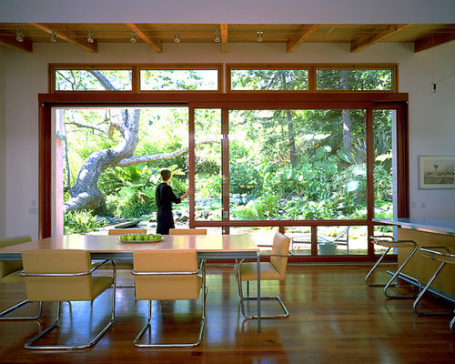 Disappearing sliding glass doors ideas pictures remodel for Disappearing sliding glass doors