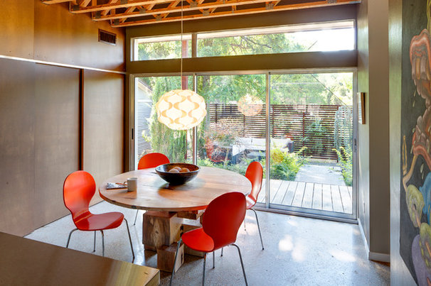 Contemporary Dining Room by A.GRUPPO Architects - Dallas