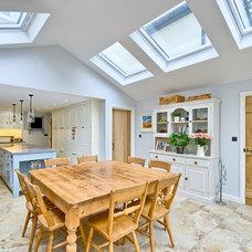 Farmhouse Dining Room by Harvey Norman Architects