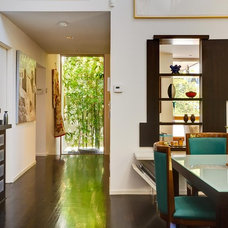 Asian Dining Room by MAGDALENA & MGS Architecture