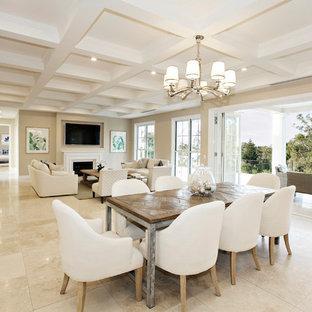 Foto de comedor actual, extra grande, abierto, con paredes beige, suelo de mármol y suelo beige