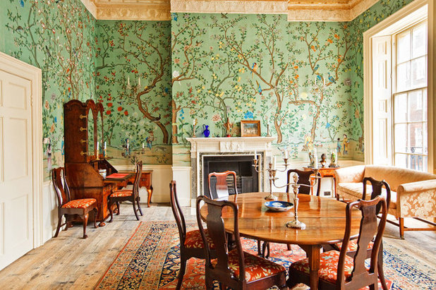 Traditional Dining Room by NSR HANDCRAFTS