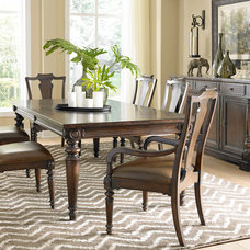 Traditional Dining Room by Havertys Furniture