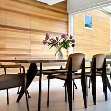 Midcentury Dining Room by Jeff Jordan Architects LLC