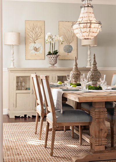 Beach Style Dining Room by Casabella Interiors