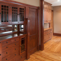 traditional dining room by CliqStudios Cabinets